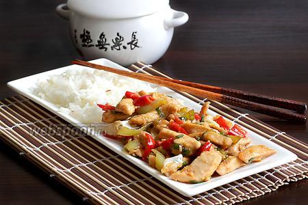 Стир-фрай из курицы с сельдереем
