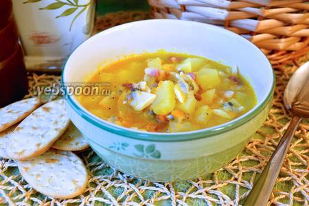 Суп с моллюсками и беконом