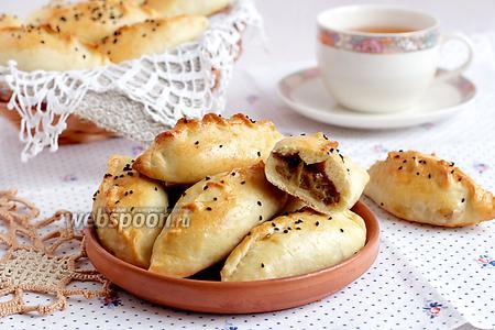 Пирожки на кефире с бараниной и тыквой