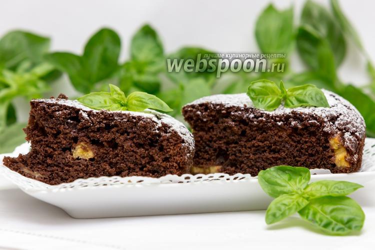 Фото Шоколадно-банановый пирог с базиликом