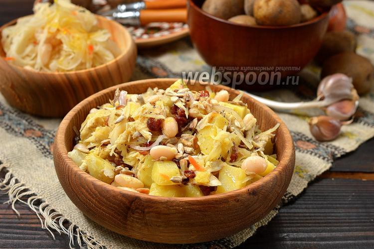 Фото Зимний салат с копчёной скумбрией