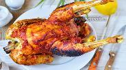 Фото рецепта Петух запечённый с ананасами и кукурузой