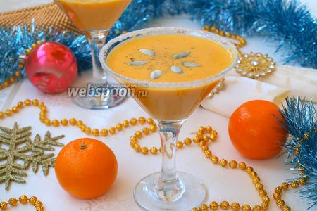 Новогодний тыквенный суп с мандаринами и имбирём