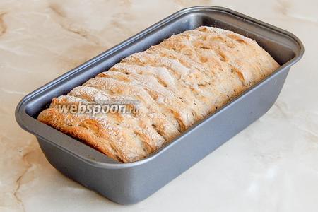 Выпекаем гречневый хлеб при 210ºC минут 40-45.