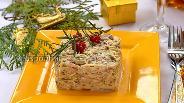 Фото рецепта Салат с сырыми шампиньонами и сельдереем
