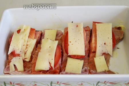 Также пластинки сыра.
