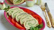 Фото рецепта Рулет из рыбного суфле со шпинатом