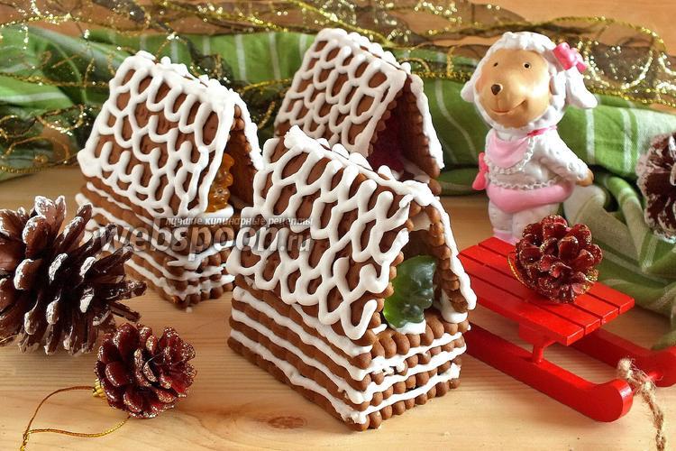 Фото Новогодние домики из печенья