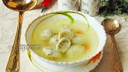 Фото рецепта Кнейдлах с куриным бульоном