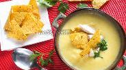 Фото рецепта Мексиканский кукурузный суп с начос