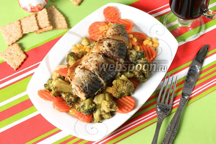 Фото Скумбрия с овощами на пару в мультиварке