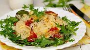 Фото рецепта Салат из дайкона с помидорами конфи