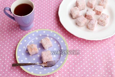 Ламингтоны — пирожные в кокосовой обсыпке