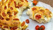 Фото рецепта Фокачча с помидорами и прованскими травами