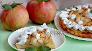 Фото рецепта Яблочный пирог из творожного теста