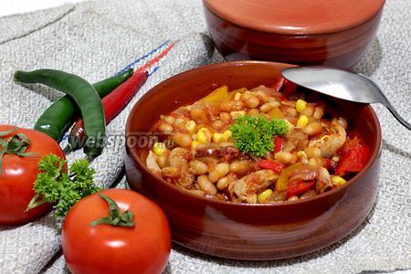 Свинина с фасолью по-мексикански