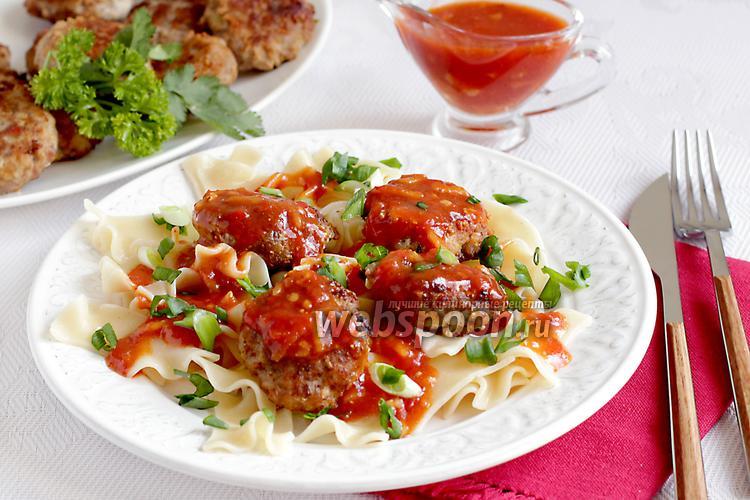 Фото Сочные котлетки под имбирно-томатным соусом