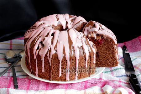 Шоколадно-вишнёвый кекс