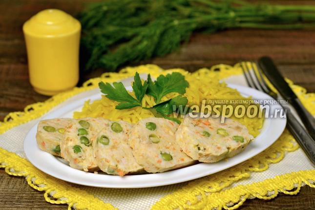 Фото Куриные колбаски с гарниром из риса в мультиварке