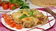 Фото рецепта Запечённые куриные голени с картофелем и сыром на пару в мультиварке