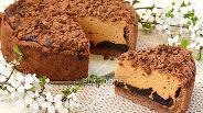 Фото рецепта Карамельный сырник с черносливом