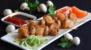 Фото рецепта Куриные шашлычки с шампиньонами на шпажках на сковороде