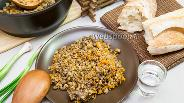 Фото рецепта Гречневая каша с тушёнкой