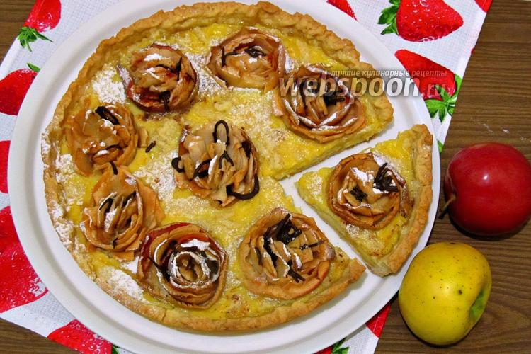 Фото Пирог с яблочными розами