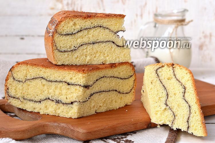 Фото Полосатый бисквит в мультиварке