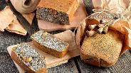Фото рецепта Маковый кекс с орехами и изюмом