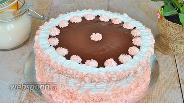 Фото рецепта Шоколадный торт со сливочным кремом