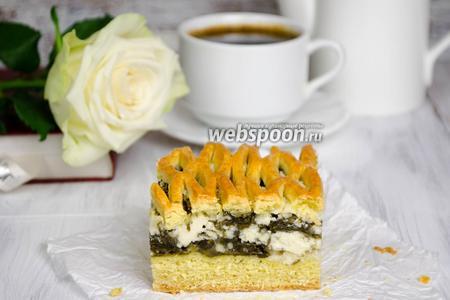 Сладкий пирог с творогом и щавелем
