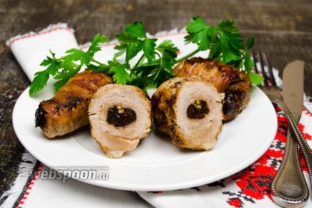 Крученики из свинины с черносливом
