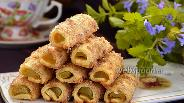 Фото рецепта Коричные трубочки с ревенем