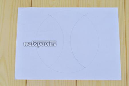 Когда оба бисквита готовы, можно приступать к формовке «Зайчика». Для этого белый бисквит диаметром 20 см разрежем по схеме.