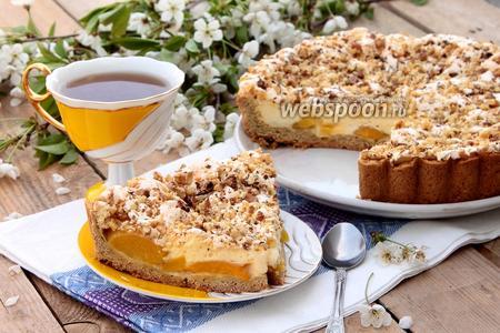 Пирог с пудинговой заливкой и орехами