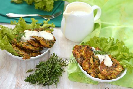 Оладьи из варёных яиц, зелёного лука и укропа
