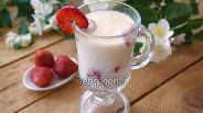 Фото рецепта Десерт из белого шоколада и клубники