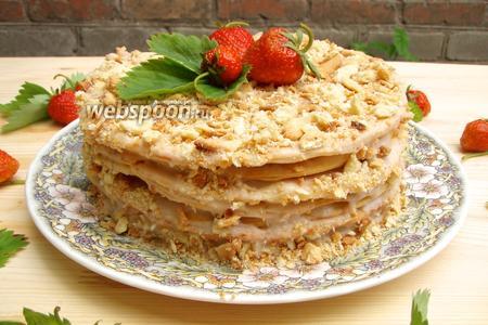 Торт «Наполеон» клубничный