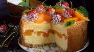 Фото рецепта Кокосовый сырник с персиковой прослойкой