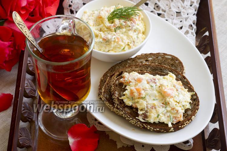Фото Яично-сырный крем с копчёной сёмгой