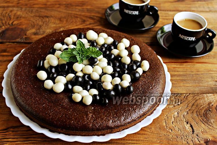 Фото Шоколадный бисквит на кипятке