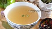 Фото рецепта Лёгкий бульон из куриных шеек