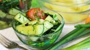 Фото рецепта Малосольные огурцы и помидоры в пакете