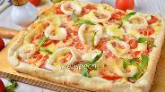 Фото рецепта Пицца со сливочным сыром и кальмарами
