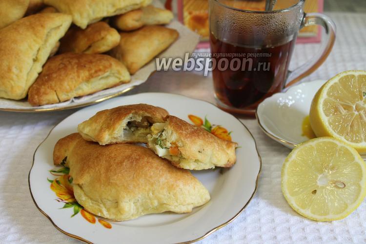 Фото Слоёные пирожки с рыбой и яйцом