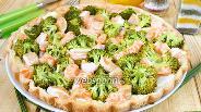 Фото рецепта Пирог из форели и брокколи