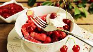 Фото рецепта Ленивые вареники с вишнёвым соусом