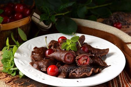 Шоколадные вареники с вишней «Чёрный лес»