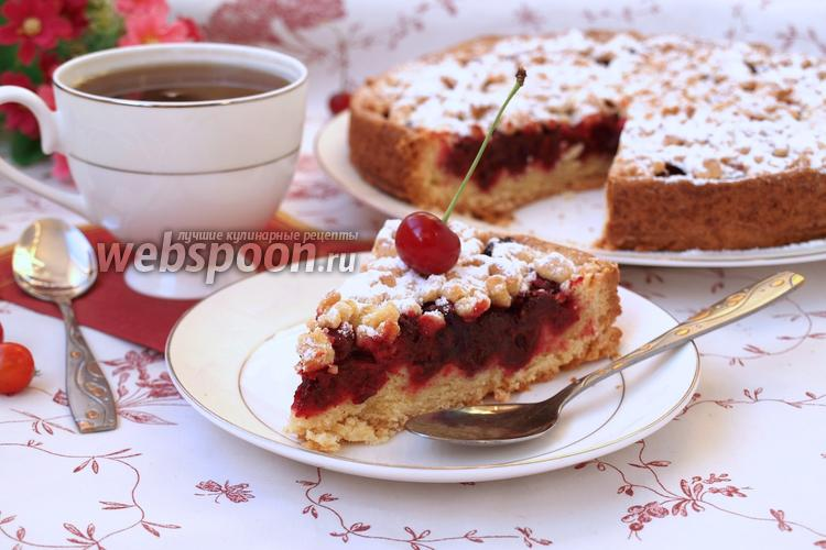 Фото Песочный пирог с вишней